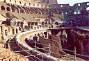 04_colosseo_dentro.jpg