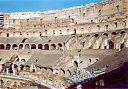07_colosseo_dentro.jpg