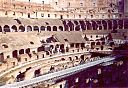08_colosseo_dentro.jpg
